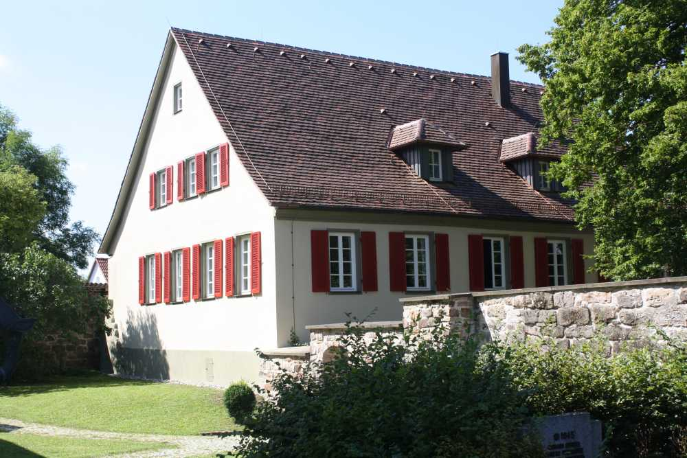 Pfarrhaus-Michelfeld-02__1531814164_5.56.243.145